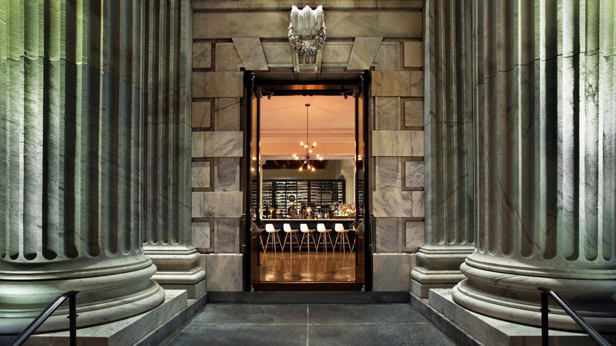 Bizou Brasserie Entrance