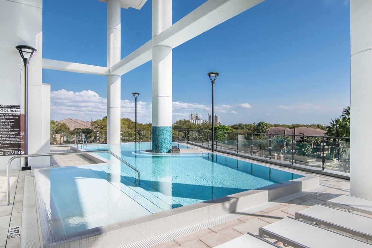 Pool | Sun Deck