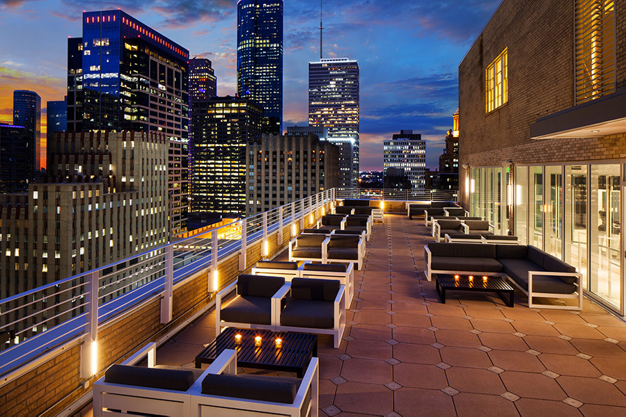 Le Méridien Houston | Rooftop Lounge